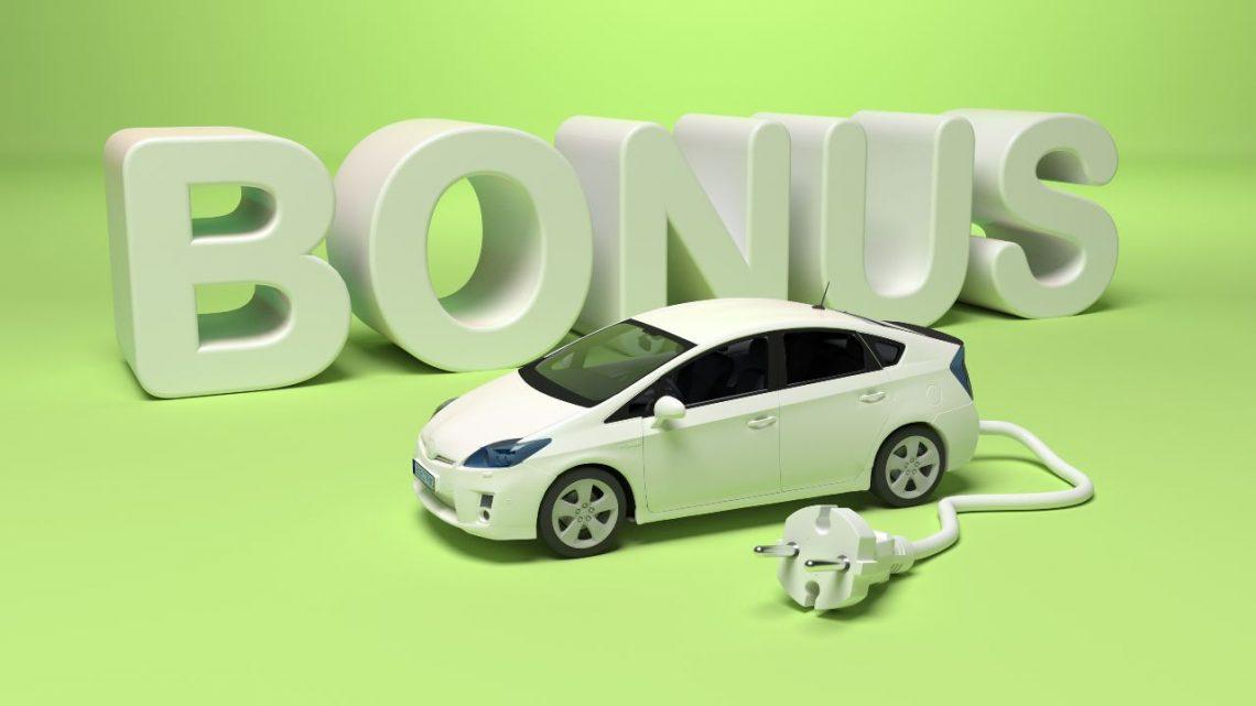 Bonus écologique 2021 : qu'espérer pour les véhicules hybrides ?